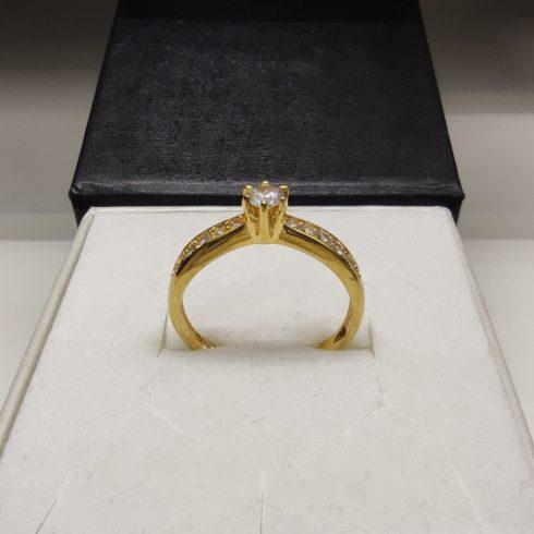 Írisz modell - 9K arany Gyűrű (Au466021) - méret: 51