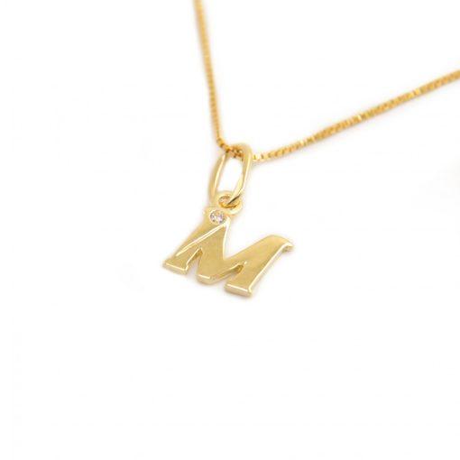 Arany M-betűs medál (Au601045)